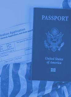 Ciudadanía <br /> Y <br /> Naturalización